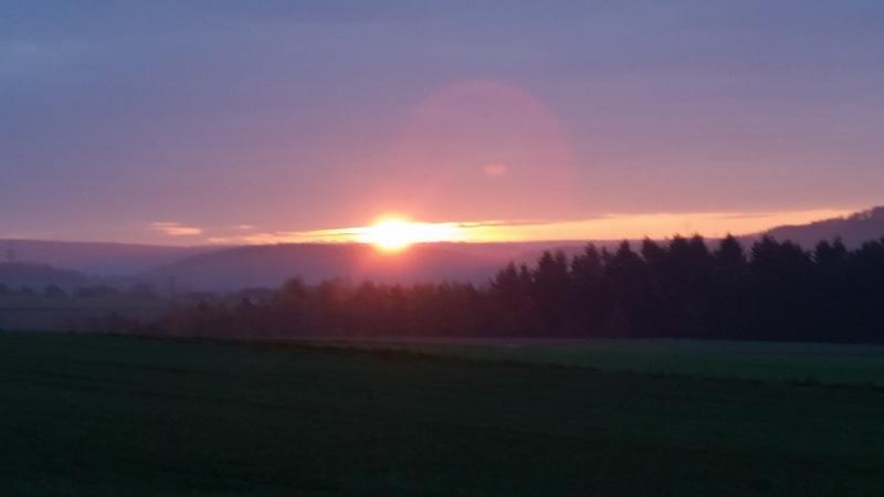 Sonnenaufgang in der Nähe von Kubach